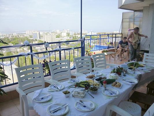 4-комнатная квартира посуточно в Одессе. Приморский район, Среднефонтанская, 19 б. Фото 1