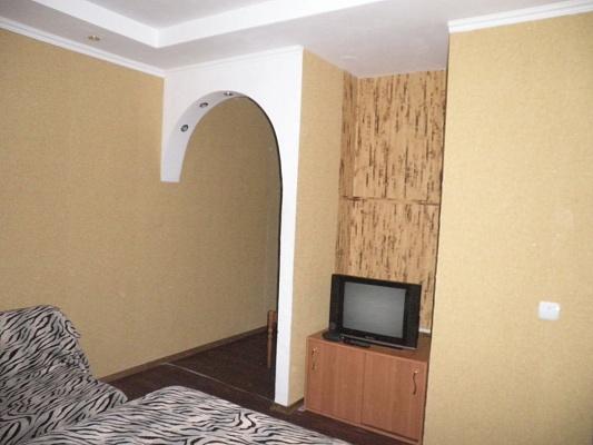 1-комнатная квартира посуточно в Макеевке. кв-л Химик, 1. Фото 1