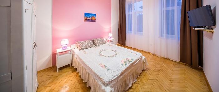 1-комнатная квартира посуточно в Львове. Галицкий район, ул. Удатного, 7. Фото 1