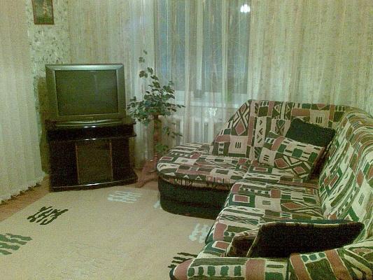 2-комнатная квартира посуточно в Виннице. Старогородский район, ул. Привокзальная, 2/1. Фото 1
