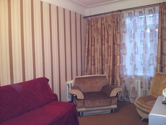2-комнатная квартира посуточно в Донецке. Ворошиловский район, ул. Университетская, 4. Фото 1