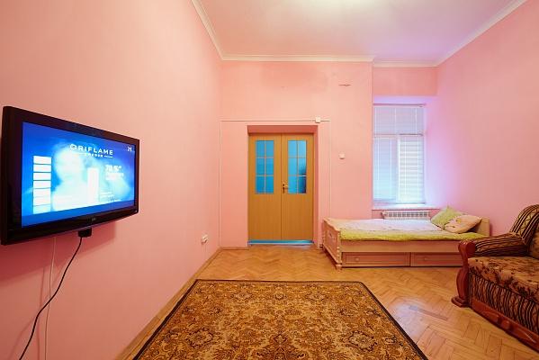 1-комнатная квартира посуточно в Львове. Галицкий район, ул.Костюшка, 20. Фото 1