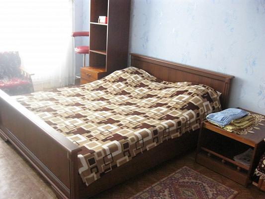 2-комнатная квартира посуточно в Николаеве. Центральный район, пр-т Центральный (Ленина), 166. Фото 1