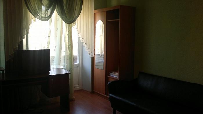2-комнатная квартира посуточно в Павлограде. ул. Центральная (К. Маркса), 96. Фото 1