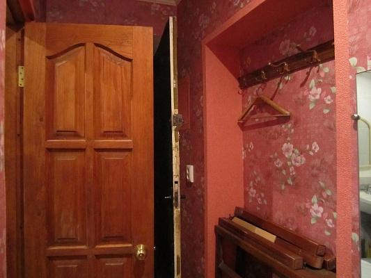 1-комнатная квартира посуточно в Феодосии. б-р Старшинова, 15. Фото 1
