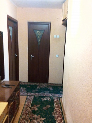 3-комнатная квартира посуточно в Бердянске. ул. Карла Маркса, 51. Фото 1