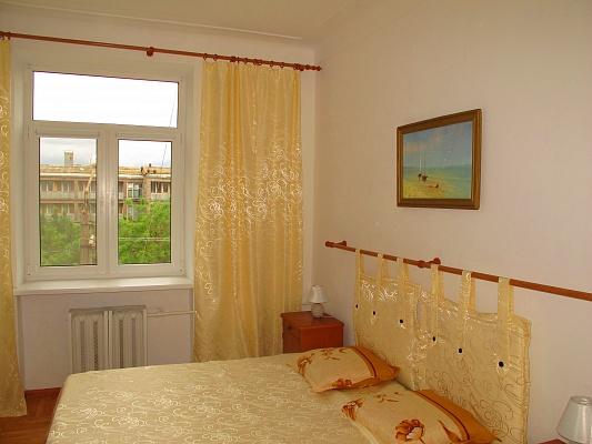 2-комнатная квартира посуточно в Евпатории. пр. Ленина, 50. Фото 1