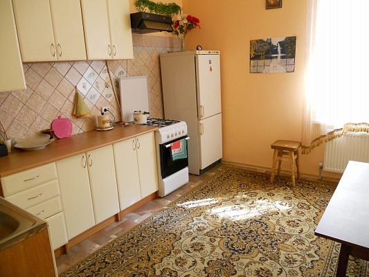 1-комнатная квартира посуточно в Умани. ул. Садовая, 18. Фото 1