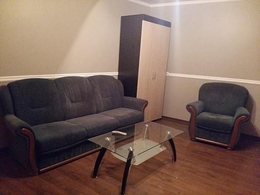 2-комнатная квартира посуточно в Ужгороде. ул. Мукачевская, 60. Фото 1