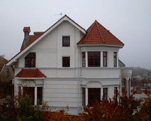 Дом  посуточно в Одессе. Приморский район, пер. Каманина, 1г. Фото 1