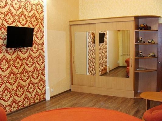 1-комнатная квартира посуточно в Одессе. Приморский район, ул. Успенская, 103. Фото 1