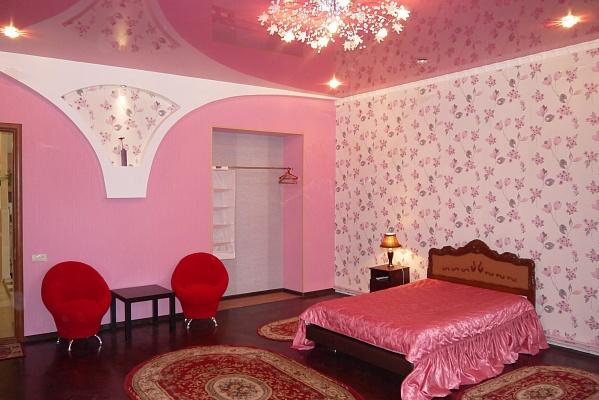 3-комнатная квартира посуточно в Одессе. Приморский район, ул. Успенская, 52. Фото 1