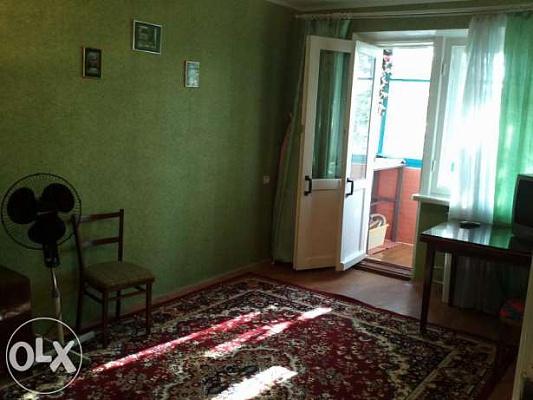1-комнатная квартира посуточно в Бердянске. ул. Мазина, 35. Фото 1