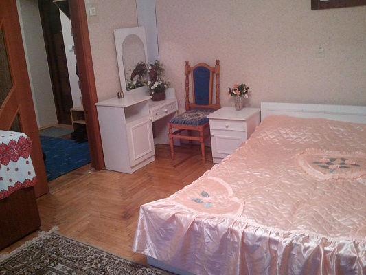 2-комнатная квартира посуточно в Трускавце. ул. Стуса, 1. Фото 1