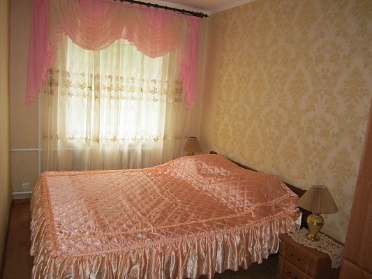 2-комнатная квартира посуточно в Виннице. Замостянский район, ул. Винниченка, 35. Фото 1