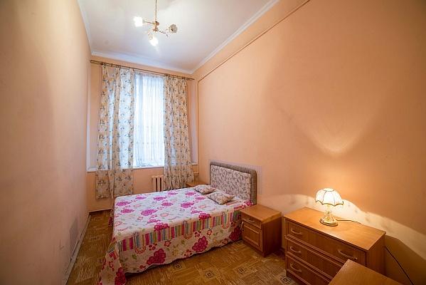 2-комнатная квартира посуточно в Львове. Галицкий район, ул. Коперника, 9. Фото 1