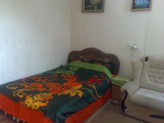 1-комнатная квартира посуточно в Николаеве. Центральный район, ул. Московская, 4-а. Фото 1