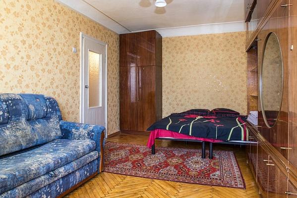 1-комнатная квартира посуточно в Харькове. Дзержинский район, пр-т Ленина, 53. Фото 1