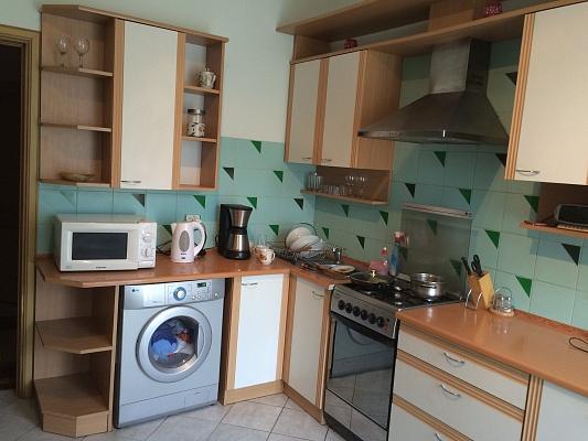 2-комнатная квартира посуточно в Трускавце. мазепи, 19. Фото 1