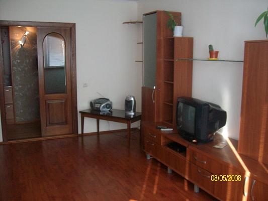2-комнатная квартира посуточно в Ровно. ул. Волынской Дивизии, 15. Фото 1