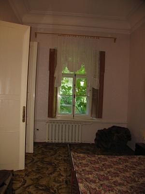 2-комнатная квартира посуточно в Феодосии. ул. Горького, 2. Фото 1