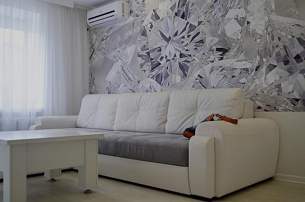 2-комнатная квартира посуточно в Запорожье. Жовтневый район, пр-т Соборный (Ленина), 144. Фото 1