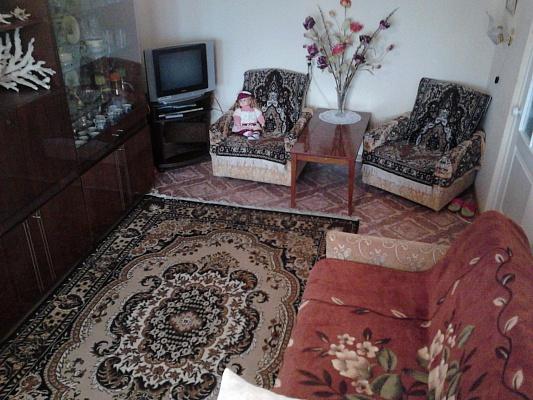 1-комнатная квартира посуточно в Керчи. ул. Сморжевского. Фото 1