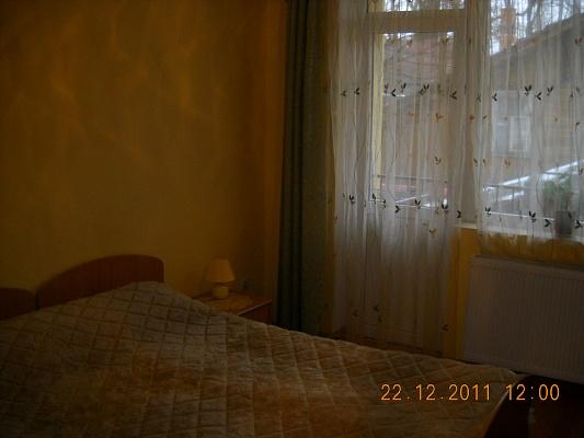 1-комнатная квартира посуточно в Трускавце. ул.Шевченко, 31А. Фото 1