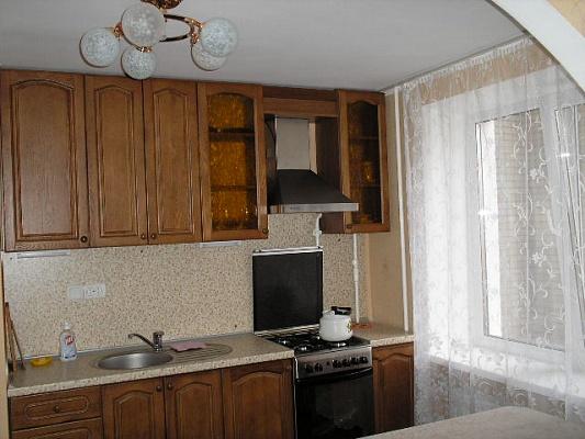 3-комнатная квартира посуточно в Сумах. Заречный район, Ул.Харьковская. Фото 1