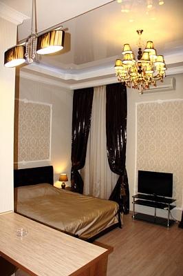 1-комнатная квартира посуточно в Одессе. Приморский район, ул. Соборная площадь, 1. Фото 1