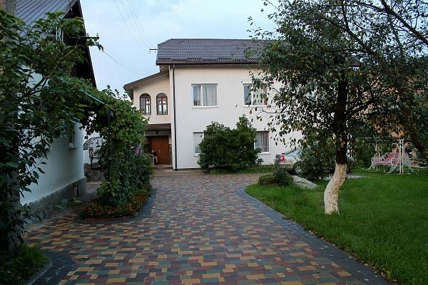 Дом  посуточно в Моршине. ул. Привокзальна, 11. Фото 1