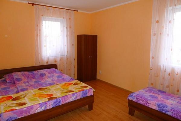 Мини-отель  посуточно в Севастополе. Ленинский район, СТ ''Успех'', 62. Фото 1