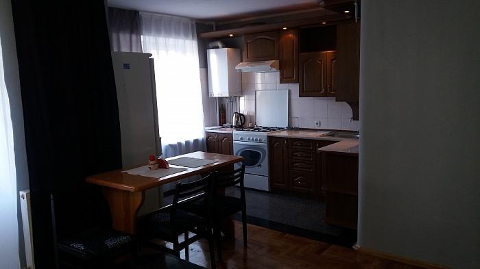 2-комнатная квартира посуточно в Тернополе. ул. Опольского, 5. Фото 1