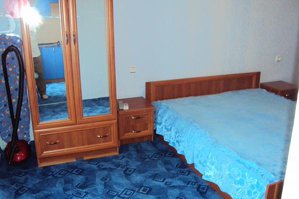 1-комнатная квартира посуточно в Феодосии. ул. Вересаева, 1. Фото 1