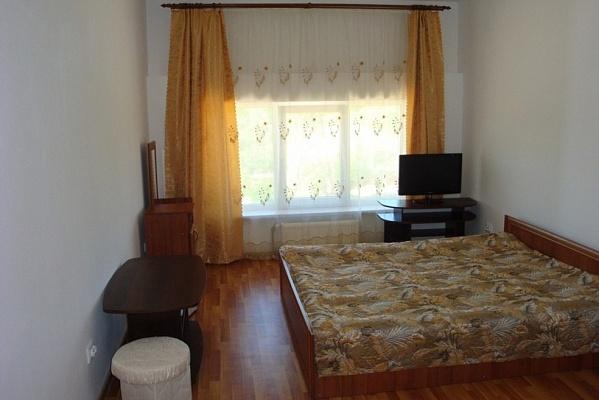 4-комнатная квартира посуточно в Львове. Сиховский район, вул.Хуторівка, 40а. Фото 1