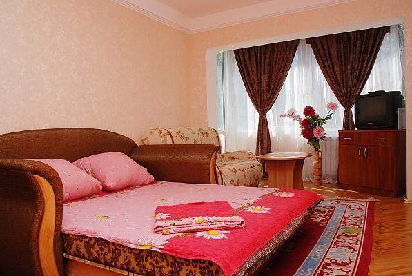 1-комнатная квартира посуточно в Киеве. Соломенский район, ул. Политехническая, 5. Фото 1