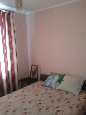 2-комнатная квартира посуточно в Алуште. пер. Спортивный, 9. Фото 1