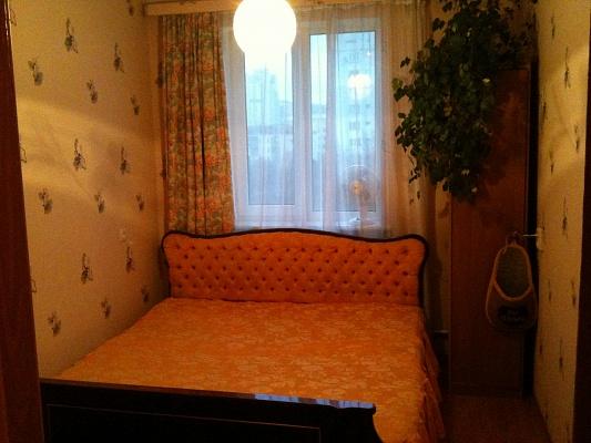 2-комнатная квартира посуточно в Севастополе. Гагаринский район, ул. Меньшикова, 27. Фото 1