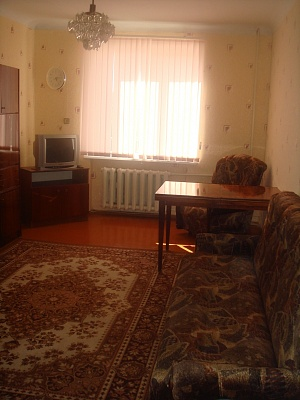2-комнатная квартира посуточно в Севастополе. Нахимовский район, ул. Леваневского, 18-16. Фото 1