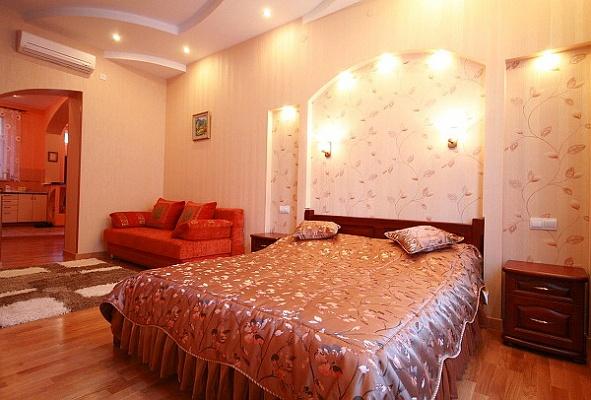 1-комнатная квартира посуточно в Львове. Галицкий район, ул. И.Тиктора, 8. Фото 1
