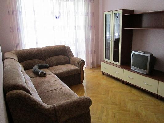 2-комнатная квартира посуточно в Харькове. Дзержинский район, ул. Отакара Яроша, 23а. Фото 1