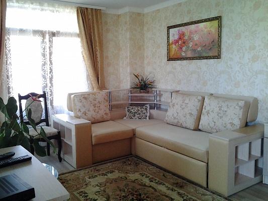 Комната  посуточно в Севастополе. Ленинский район, Голубая бухта, 2. Фото 1