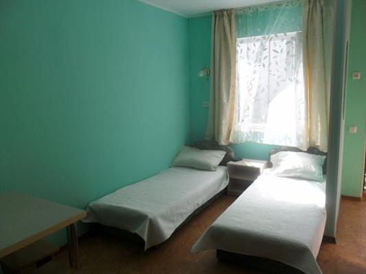 Дом  посуточно в Бердянске. ул. Мазина, 36. Фото 1
