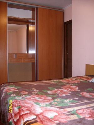 2-комнатная квартира посуточно в Ровно. ул. В.Дивизии, 15. Фото 1