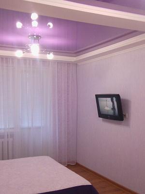 1-комнатная квартира посуточно в Мариуполе. пр-т Металлургов, 37. Фото 1