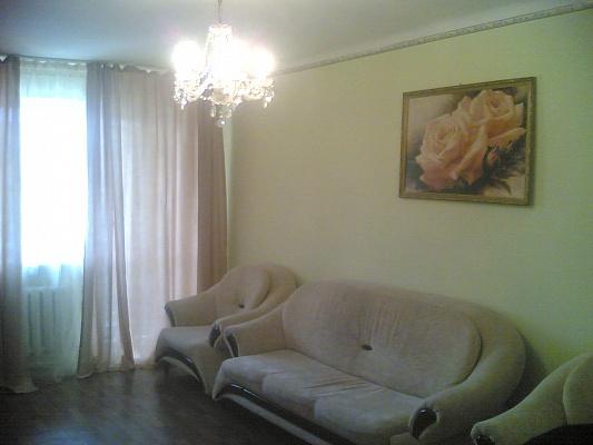 1-комнатная квартира посуточно в Симферополе. Центральный район, севастопольская, 3/2. Фото 1