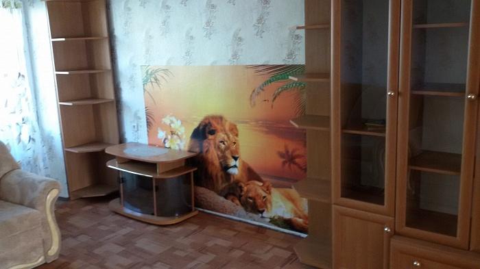 2-комнатная квартира посуточно в Житомире. ул. Гоголевская, 1. Фото 1