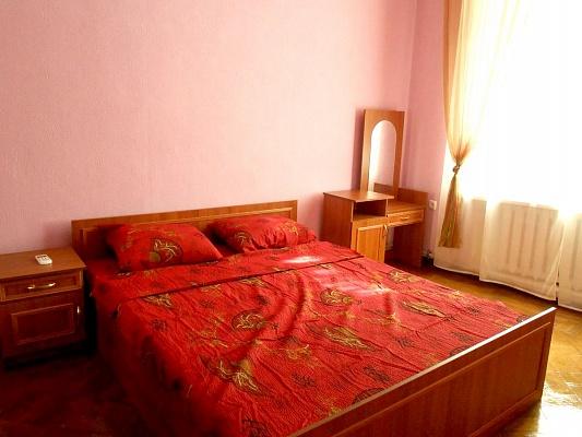 3-комнатная квартира посуточно в Одессе. Приморский район, ул. Княжеская, 27. Фото 1