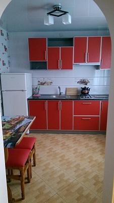 1-комнатная квартира посуточно в Евпатории. ул. Кирова, 82. Фото 1