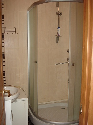 2-комнатная квартира посуточно в Херсоне. Суворовский район, пер. Казацкий, 19. Фото 1